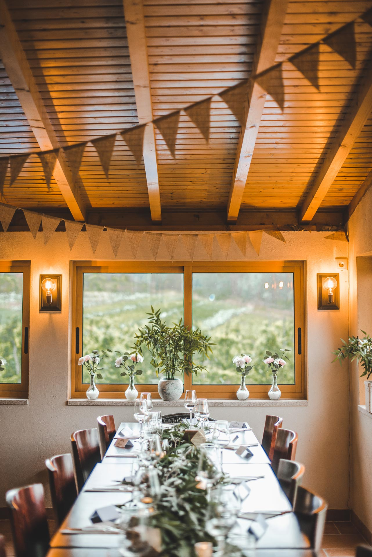rustic wedding decoration portugal